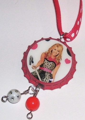 Bottle Cap Necklace Pictures