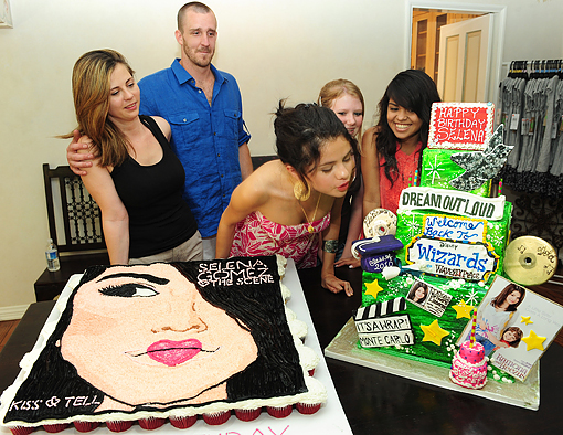 selena gomez 18 birthday. Selena Gomez celebrated her 18th birthday with a BBQ at home with close